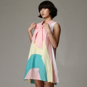 Peplum-bow tie A-line dress